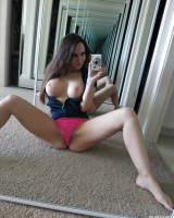 Juicy Selfshot